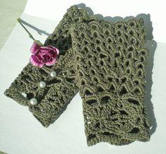 Crocheted Victorian Fingerless Gloves