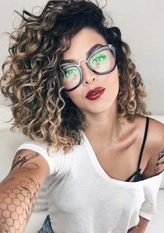 Visit here to learn how to create the stunning looks of side parted curls right now. Do you know fashionable thick curls are best option for ladies to wear on parties and special events. If you didn't experience before the side swept curls then we are seriously here to show how you can wear the unique looks of thick curls in 2018.