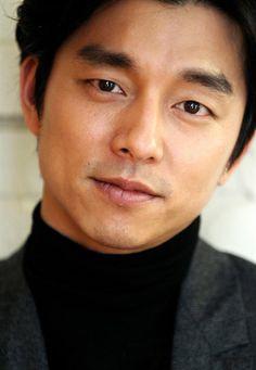 Gong Yoo (공유) - Picture @ HanCinema :: The Korean Movie and Drama Database Gong Li, Yoo Gong, Asian Actors, Korean Actors, Korean Dramas, Busan, Goblin Gong Yoo, Goong, Gorgeous Men