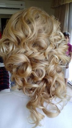 loose curls and fishtale