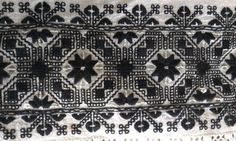 Folklore, Alexander Mcqueen Scarf, Knitting Patterns, Cross Stitch, Textiles, Embroidery, Quilts, Canvas, Rustic