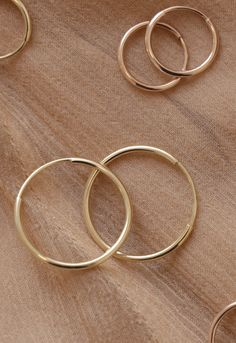 Vrai & Oro 14K Solid Gold Hoops