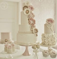 Lace Wedding Cakes ~ Cotton and Crumbs | bellethemagazine.com