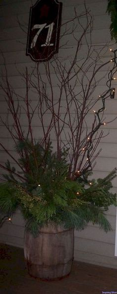 Beautiful 28 christmas porch decor ideas