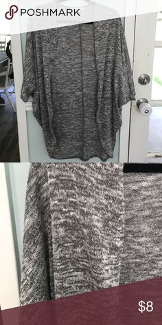 Olive Green Knit Shrug In excellent condition!  Worn once or twice.  Smoke free pet free home! Sweaters Shrugs & Ponchos