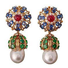 @mucevhertutkusu. #DavidWebb earrings