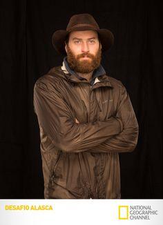 Conheça Matt Raney, um dos oito exploradores desta expedição de proporções épicas.  Desafio Alasca. #DesafioAlasca Confira conteúdo exclusivo no www.foxplay.com