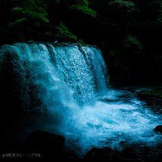 AUSTERITY - Choshi-Otaki Falls, Towada City, Aomori Prefecture, Japan | 青森県十和田市 奥入瀬渓流 銚子大滝