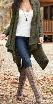 Green Knit Cardigan This is a mega list of some of my mos t favorite cardigans. - Outfits for Work Beige Cardigan, Green Cardigan, Batwing Cardigan, Drape Cardigan, Cheap Cardigans, Cardigan Outfits, Long Shorts, Fall Winter Outfits, Fashion Beauty