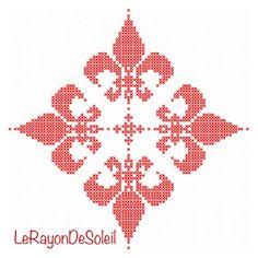Cross stitch pattern christmas fleur de lis by LeRayonDeSoleil, €3.00