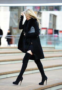 Ashley Gibson - Google+ - New York Fashion Week street style. Gorgeous outfit.