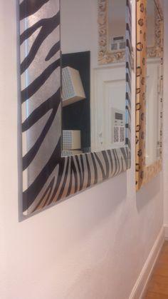 Zebra and Leopard Mirrors detailes in Spazio PUNTO31