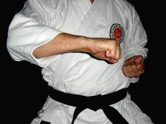 Resultado de imagen de kagi tsuki karate Karate