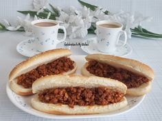 Hot Dog Buns With Mince