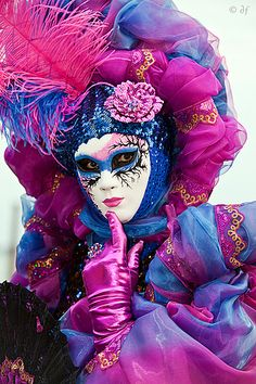 Regine   Flickr - Venetian mask and costume. #masks #venetianmasks http://www.pinterest.com/TheHitman14/artwork-venetian-masks-%2B/