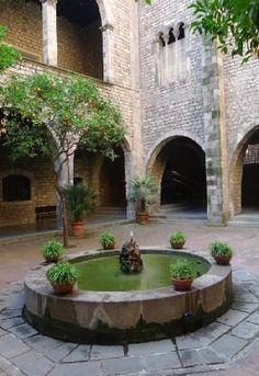Where Paul proposed! Barcelona Architecture, Barcelona City, Barcelona Catalonia, Roman City, Paradise Garden, Dream City, Spain And Portugal, Secret Places, Most Beautiful Cities