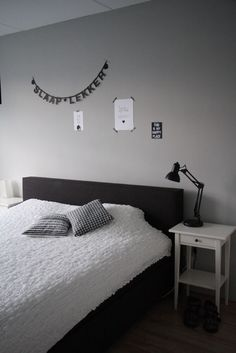 Black bed, gray background