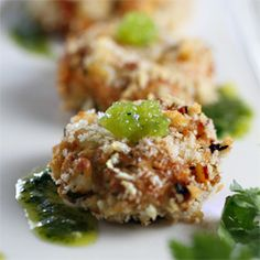Mini crab cake appetizers topped with Wasabi vegetarian caviar and paired with Lime Cilantro Aoili. Fresh and light to start the party.