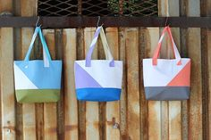 Asymmetrical Color Block Totes Tutorial | Sew Mama Sew | Outstanding sewing, quilting, and needlework tutorials since 2005.