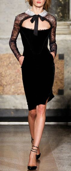 Lace and velvet dress / emilio pucci