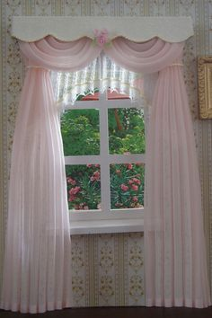 M 007 The curtains measure wide x long. The price is only for the curtains and pelmet. Miniature Furniture, Doll Furniture, Dollhouse Furniture, Miniature Houses, Miniature Dolls, Doll House Curtains, Curtain Designs, Curtain Ideas, Victorian Dolls