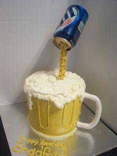 pouring beer mug cake - by sweettooth @ CakesDecor.com - cake decorating website