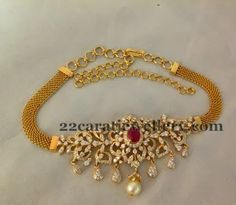 Latest Collection of best Indian Jewellery Designs. Indian Wedding Jewelry, Bridal Jewelry, Gold Jewelry, Jewelery, Choker Jewelry, Jewelry Dish, Choker Necklaces, Diamond Jewelry, Gold Earrings Designs