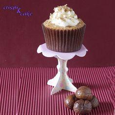 Después de ver esta receta en varios blogs tenía muchas ganas de probarla. No sólome parecen unos cupcakes muy otoñales, sino que tambi...