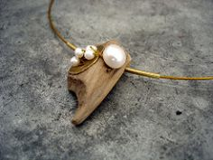 Diy schmuck: (notitle) - Home Decorating Ideas - Badezimmer - Garten - Möbelmodelle Jewelry Crafts, Jewelry Art, Beaded Jewelry, Fashion Jewelry, High Jewelry, Boho Jewelry, Driftwood Jewelry, Wooden Jewelry, Vintage Jewelry