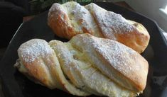 Jak upéct kynuté tvarohové rolky | recept z kynutého těsta Russian Recipes, Bread, Food, Polish, Vitreous Enamel, Brot, Essen, Baking, Meals