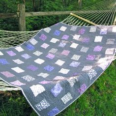 Shattered Boxes Quilt, grey and purple