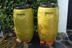 En Enero de 2012 os mostré en una entrada en este blog como hacer una compostera así como amplia información sobre el compost. A partir d...