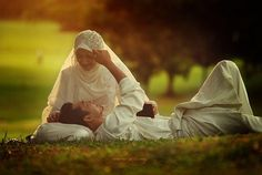"""The Prophet Muhammad (pbuh) said, """"When a husband and wife look at each other with love, Allah looks at both of them with mercy."""" ♥ ~ Sahih Bukhari"""
