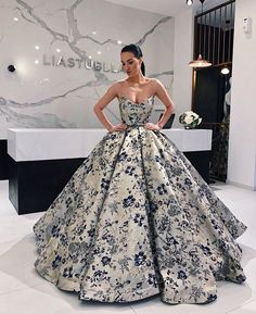 Best Ball Gown Dresses for Wedding & Ball 2019 - Wewer Fashion Quince Dresses, Hoco Dresses, Ball Gown Dresses, Homecoming Dresses, Strapless Dress Formal, Evening Dresses, Girls Dresses, Dress Up, Formal Dresses