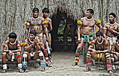 Índios Kuikuros - Apresentação dos Índios Kuikuros do Xingu na Toca da Raposa em Juquitiba/SP/Brasil. Foto Marco Antonio Pinto.