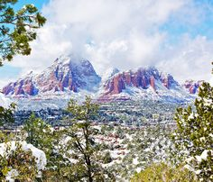 The common postcard shot of Sedona, Arizona usually portrays a scorching dust-red landscape but for a few rare days in winter, the iconic mountains are dusted in a thin layer of snow. Even if you...