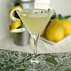 Pear-ginger-and-thyme-martini