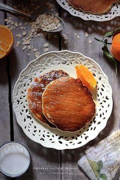 Pancakes cu fulgi de ovaz Camembert Cheese, Pancakes, Dairy, Breakfast, Food, Pie, Morning Coffee, Meal, Crepes