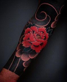 Japanese tattoo sleeve by @seandrumm. #japaneseink #japanesetattoo #irezumi #tebori #colortattoo #colorfultattoo #cooltattoo #largetattoo #armtattoo #tattoosleeve #flowertattoo #peonytattoo #blackwork #blackink #blacktattoo #wavetattoo #naturetattoo