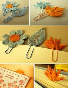 Felt cut-outs and paper clip bookmarks Felt Diy, Felt Crafts, Fabric Crafts, Sewing Crafts, Diy And Crafts, Sewing Projects, Craft Projects, Arts And Crafts, Felt Bookmark
