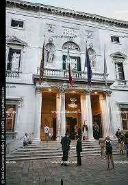Risultati immagini per teatro la fenice venezia