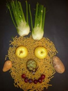 Portraits with food inspired by Arcimboldo Lessons For Kids, Art Lessons, Olivers Vegetables, Giuseppe Arcimboldo, Art For Kids, Crafts For Kids, Ground Beef Recipes Easy, Easy Diy Crafts, Child Models