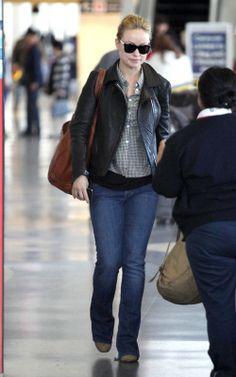 Olivia Wilde in Mother Denim jeans