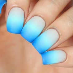 Ombre with fine crosses of one color to another… Irresistibly reminds on the sea and sea depths. Glow Nails, Diy Nails, Swag Nails, Cute Nails, Summer Acrylic Nails, Best Acrylic Nails, Stylish Nails, Trendy Nails, Ambre Nails