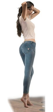 Finally a perfect fitting pant that looks like a jean. The Freddy WR.UP®  jean uses the same technology of silicone and  special seaming to shape and push-up.  The Medium rinse wash is ideal for all seasons.  Make heads turn ladies and flaunt those assets.
