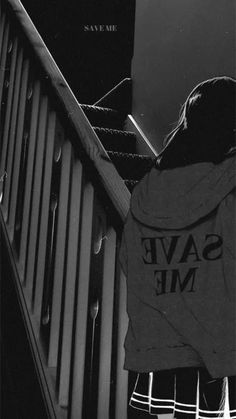 Gray Aesthetic, Black Aesthetic Wallpaper, Black And White Aesthetic, Aesthetic Backgrounds, Aesthetic Iphone Wallpaper, Aesthetic Anime, Aesthetic Wallpapers, Black Wallpaper Iphone Dark, Dark Phone Wallpapers
