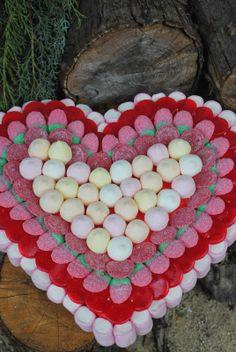 Tarta de chuches - Candy cake - Gâteau de bonbons - Snoeptaart - #corazon #heart