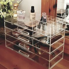 Ikee Design Large Clear Acrylic Jewelry and Cosmetic Storage Display Boxes (Diy Vanity Box) Hair Product Organization, Vanity Organization, Organization Ideas, Organization Store, Makeup Case, Diy Makeup, Beauty Makeup, Diy Beauty, Makeup Ideas
