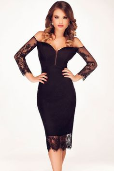 For a seriously glamorous and sexy look, this Black Lace Spliced Off Shoulder Midi Dress is perfect. With a bodycon style to really show off your wonderful curves. Just add some of trendy glam heels a