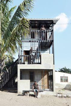 Galeria de Royal Danish Academy cria protótipos de habitações de baixo custo em Moçambique - 1